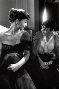 Edith-Head-and-Audrey-Hepburn