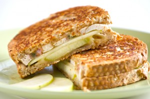 apple-chicken-panini-11