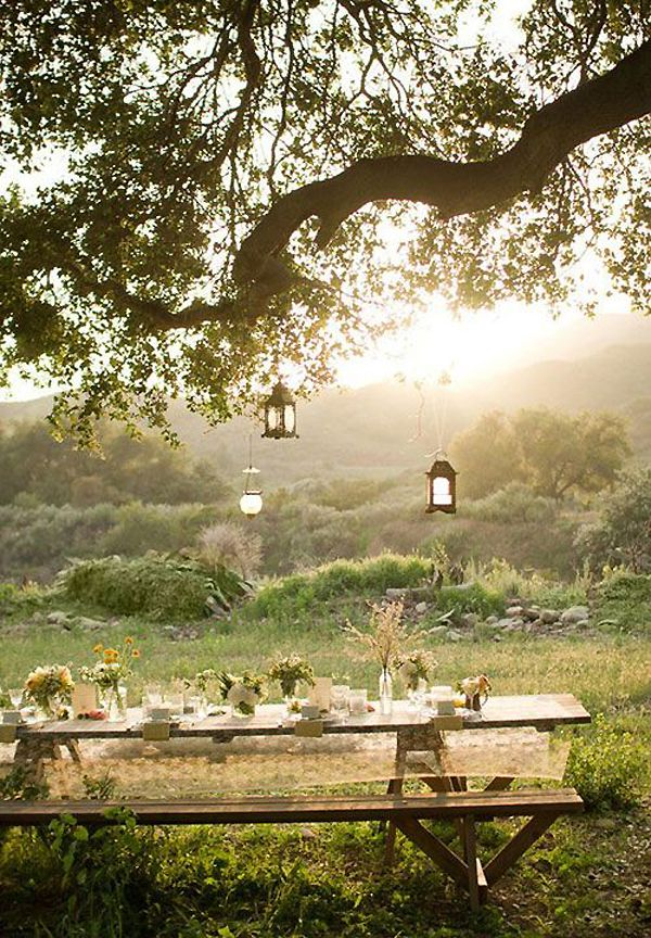 ENTERTAINING:  Dining Al Fresco